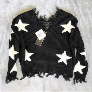 Polly & Esther Sweater Black White Star Distressed